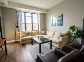 Hotel kuvat: Spacious 3BR McCormick Place Apt (Pool & 24HR Gym)