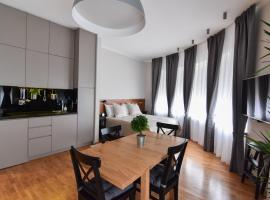 Hotel Photo: Karlo Main Square Apartments