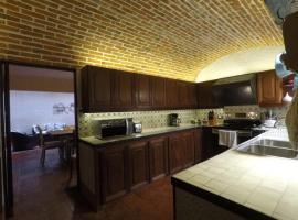 Hotel photo: Beautiful Antigua Home AN010