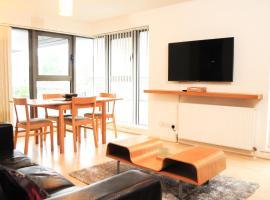 Фотография гостиницы: Deluxe Maxwell Street Apartment