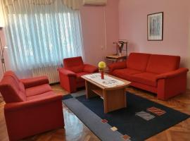 होटल की एक तस्वीर: Apartman Slavonija