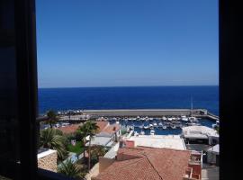Hotel foto: Acogedor apartamento en Candelaria en primera línea de mar