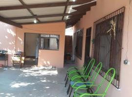 A picture of the hotel: Bonita Casa Independiente