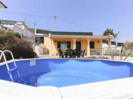 Photo de l'hôtel: Santa Maria Villa with Pool by Homing