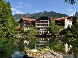 A picture of the hotel: Hotel am Badersee