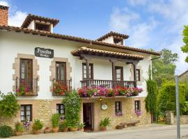 Hotel photo: Posada Revolgo