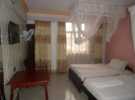 होटल की एक तस्वीर: Riversand Hotel & Self Catering Hostel