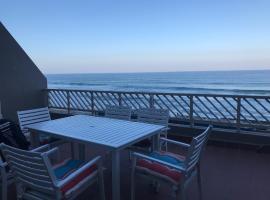 Hotel photo: Isikhulu Umdloti Beachfront Apartment