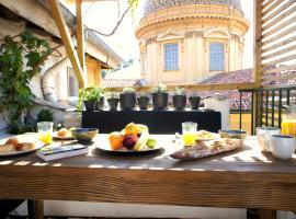 Hotel Foto: Vieux Nice - Exceptionnel Appartement - Calme et Terrasse avec vues