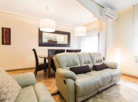 Hotel Photo: Home & Private Terrace | WIFI + AIRCON