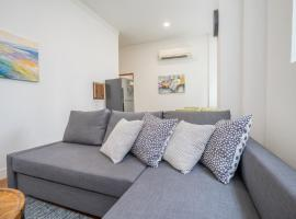 होटल की एक तस्वीर: ClubHouse Residences Marro 1BR Apartment C