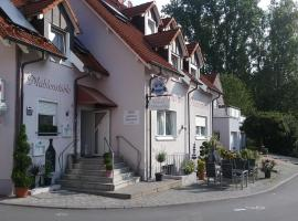 Hotel Photo: Landhotel am Mühlenwörth