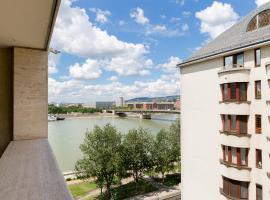 מלון צילום: BPM-Riverhood Studio
