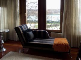 Zdjęcie hotelu: RIVER SUITE Apartment