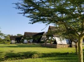 Hotel photo: Samawati Cottages Lake Ol bolossat