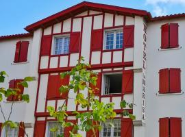 Hotel Photo: Hôtel La Marisa