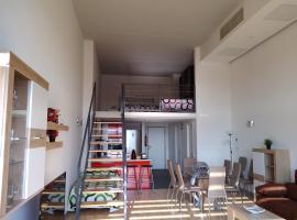 Hotel fotoğraf: Apartamento, Loft entero en Valencia, Parking y Wifi Gratis