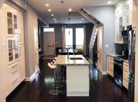 Fotos de Hotel: Brand New Listing *Luxury* DC Home