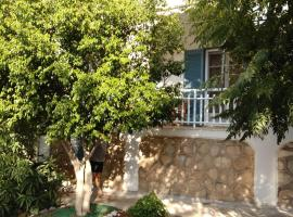 A picture of the hotel: C&C Apartment Spetses