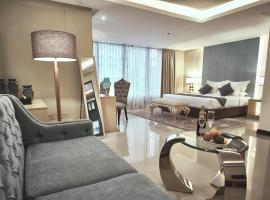 A picture of the hotel: J7 Hotel