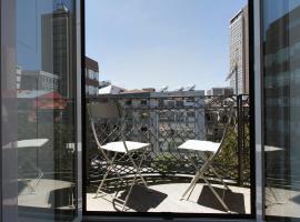 Hotel photo: LV Premier Bonjardim BJ1