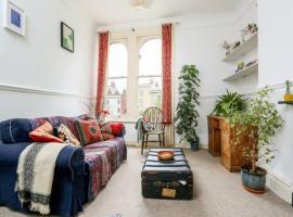 호텔 사진: Quirky 2 Bedroom Apartment in Montpelier