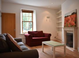 A picture of the hotel: Spacious 3 Bedroom House in Ballsbridge