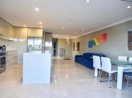 Hotelfotos: luxury mable chef kitchen home