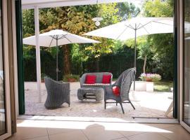 होटल की एक तस्वीर: Terrazza,giardino al mare