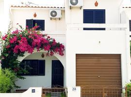 Hotel photo: Altura Casa na Praia
