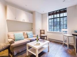 Hotel photo: The Britten Street Studio - HBG2