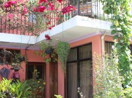 Hotel photo: Casa de Marielena - local family homestay with 3 meals daily + wifi