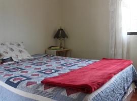 Hotel photo: Casa de Soledad - local family homestay with 3 meals daily + wifi