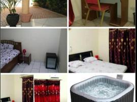 Fotos de Hotel: Bobo Guesthousse
