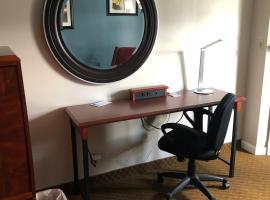 Hotel photo: Fireside Inn & Suites Auburn