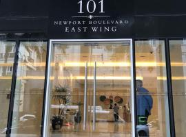 A picture of the hotel: 101 Newport Boulevard C1