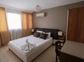 Hotel near Σμύρνη
