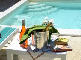 """Hotel photo: Villa la Scaletta """"with sea view, private pool with whirlpool corner"""