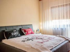 A picture of the hotel: Apartmani i sobe La Sa