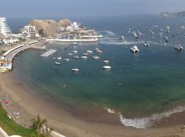 Фотографія готелю: Vista Bahia - Playa Embajadores