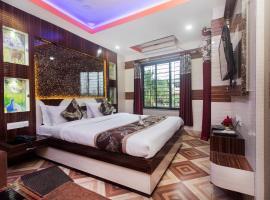 A picture of the hotel: OYO 16064 Tirupati Lodge