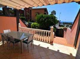 Hotel photo: Townhouse La Caleta