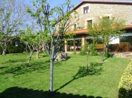 A picture of the hotel: Posada Herrán