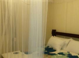酒店照片: Furnished 2 bedroom apartment available for short and long term rental