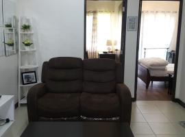 Хотел снимка: Resort theme Arista condo 6 minutes from airport & near MOA spacious 2 bedroom 54 sqm