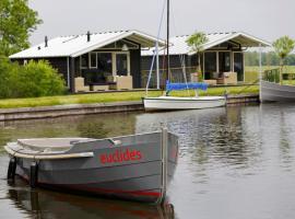 Hotel photo: Holiday Home Vrijrijck Waterpark Terkaple.17