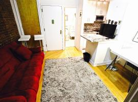 Hotel photo: Ritzy Times Square Apartment