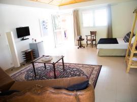 Hotel photo: Stay.plus Fann Mermoz