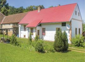 Hotel photo: Three-Bedroom Holiday Home in Tourov
