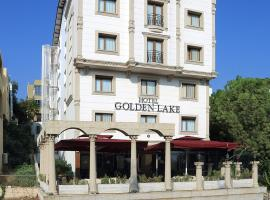Foto di Hotel: Golden Lake Hotel